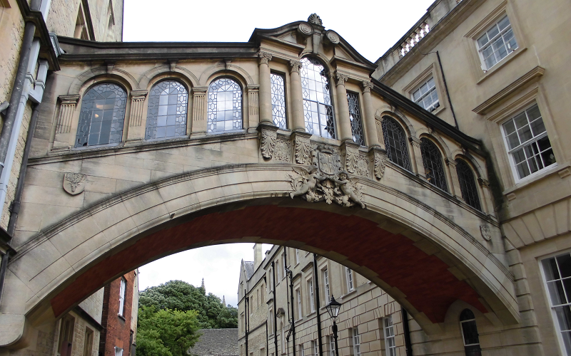オックスフォード大学が求める学...